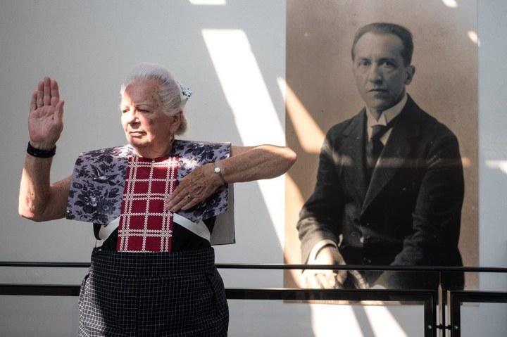 Spakenburg Divas in the Mondriaanhuis