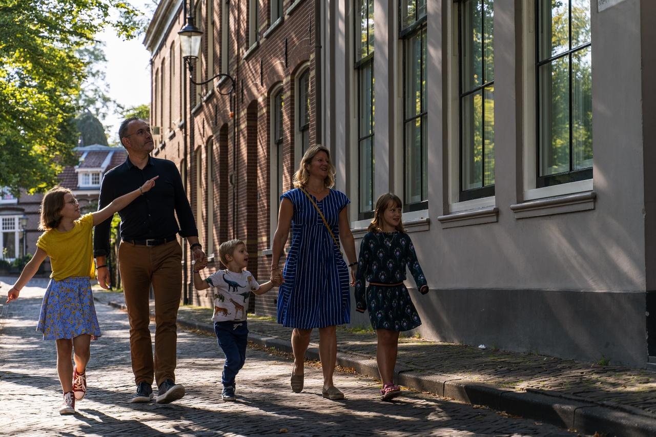 Mondriaanhuis - Bezoek Gezin - by Ralf Silvius-02b.jpg