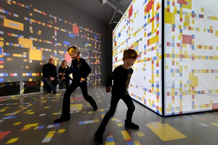 New York-zaal in het Mondriaanhuis