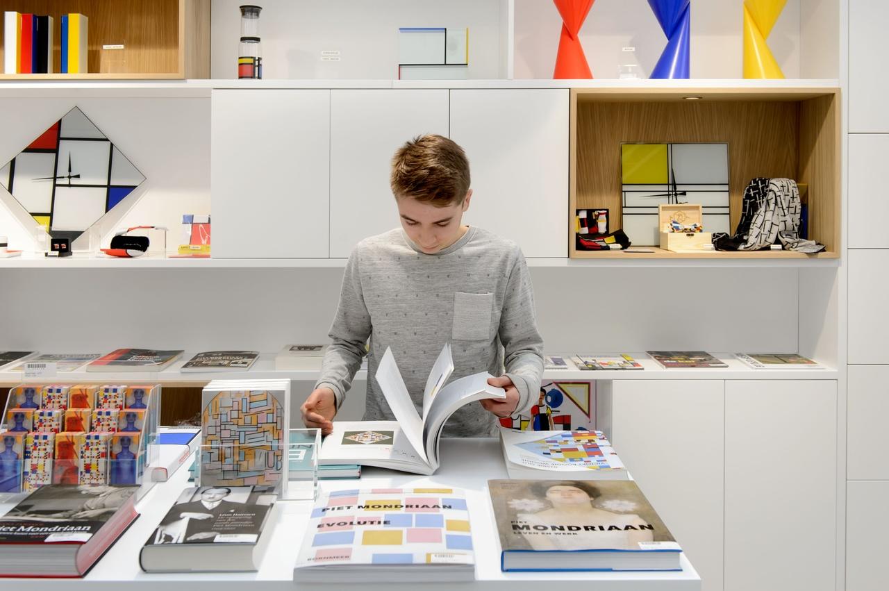Museumshop van het Mondriaanhuis