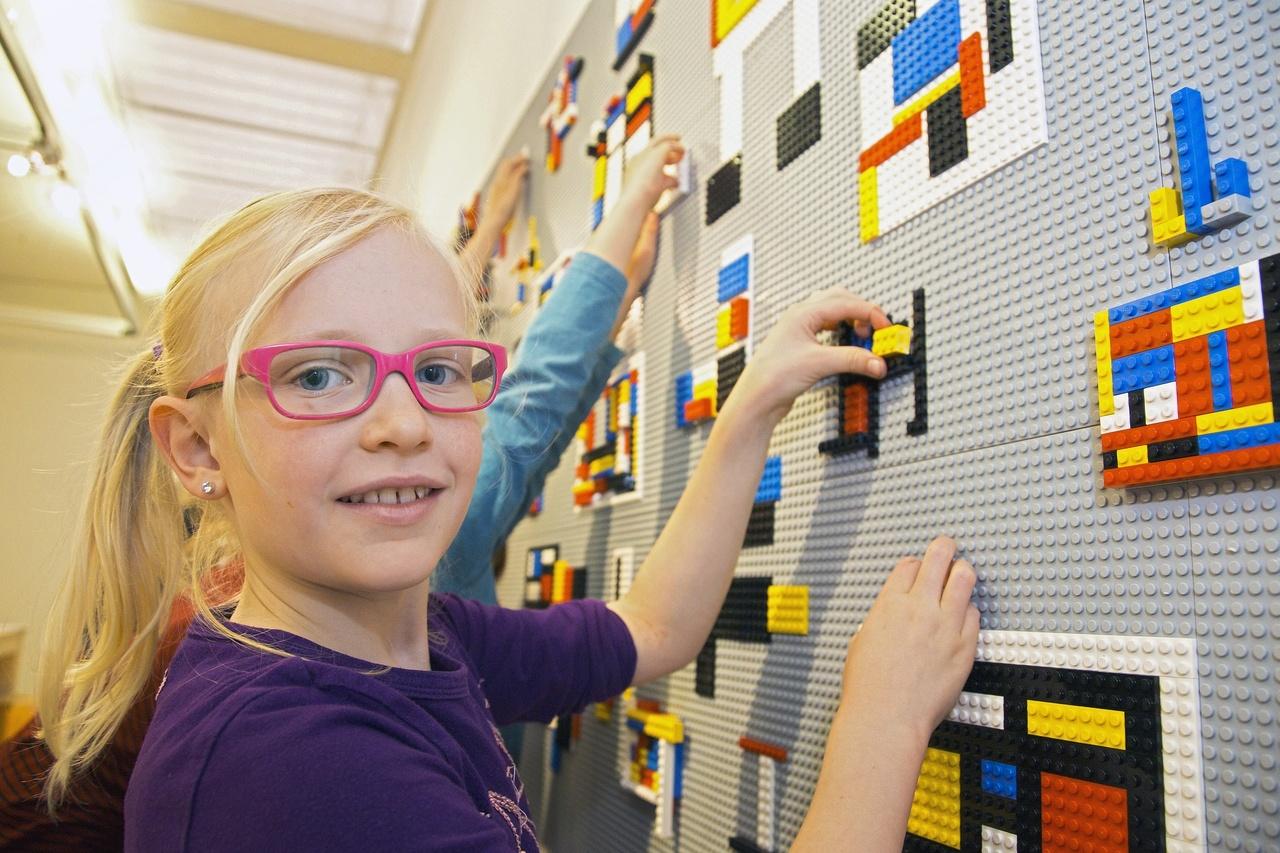 Mondriaanhuis Legowand Foto Wil Groenhuijsen medium.jpg